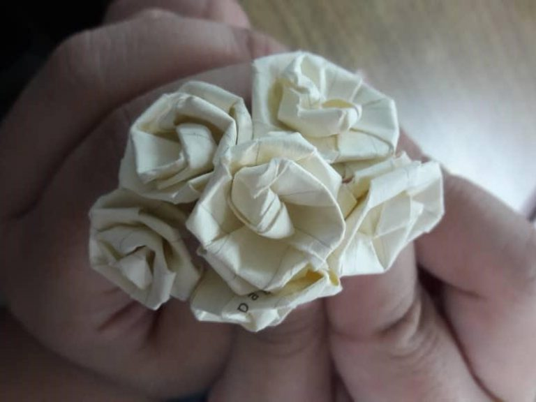 Making recycled flowers for 'Teacher Day'